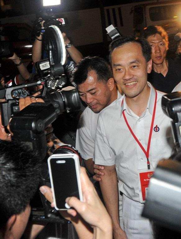 PAP candidate Koh Poh Koon arrives at the counting centre.
