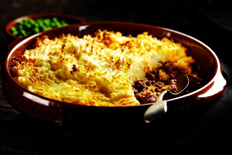 """<p>Another classic and a pretty easy one to execute, the golden top of this with simple but tasty mince below will guarantee to warm you up when the mercury drops. Try <a rel=""""nofollow noopener"""" href=""""https://www.jamieoliver.com/recipes/lamb-recipes/super-shepherd-s-pie/"""" target=""""_blank"""" data-ylk=""""slk:Jamie Oliver's recipe"""" class=""""link rapid-noclick-resp"""">Jamie Oliver's recipe</a> for Super Shepherd's Pie. [Photo: Getty] </p>"""