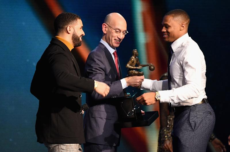 Drake And NBA Commissoner Adam Silver Present The 2016 17 Most Valuable Player Award
