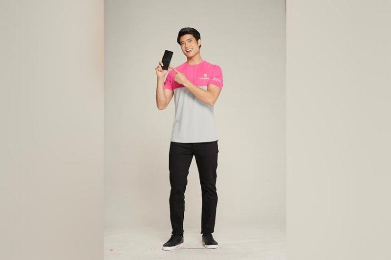 Mikael Daez takes food game to the next level
