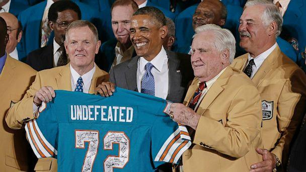 ap barack obama 1972 miami dolphins ll 130820 16x9 608 Undefeated 72 Miami Dolphins Finally Get White House Salute