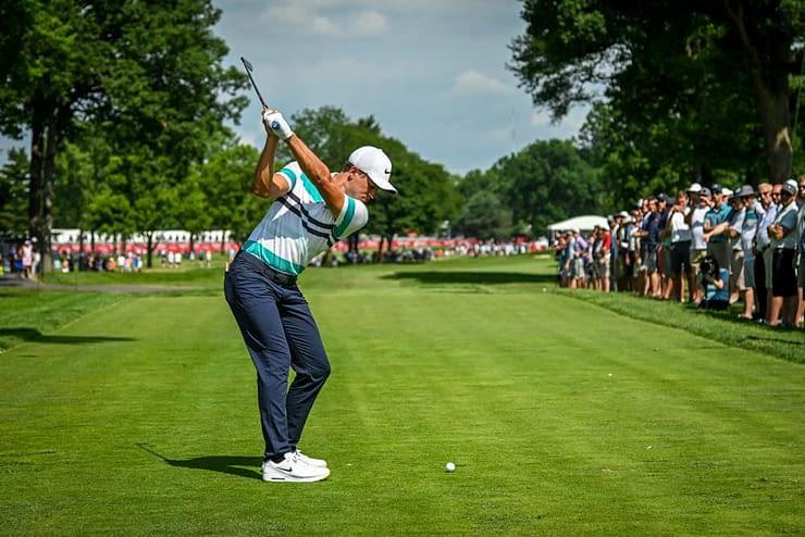 Awesemo's expert PGA DFS picks this week for the BMW Championship Yahoo Cup daily fantasy golf tournaments with free projections & rankings.