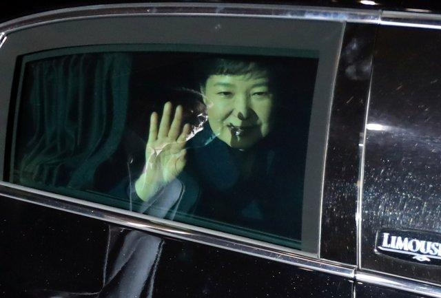 South Korea's ousted leader Park Geun-hye leaves