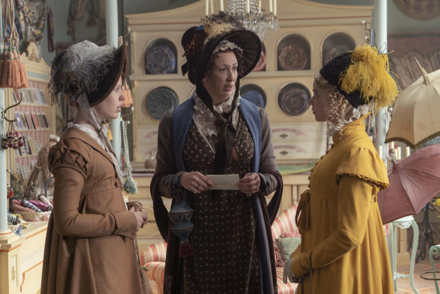 """(L to R) Mia Goth as """"Harriet Smith"""", Miranda Hart as """"Miss Bates"""" and Anya Taylor-Joy as """"Emma Woodhouse"""" in director Autumn de Wilde's EMMA., a Focus Features release. (Liam Daniel / Focus Features)"""