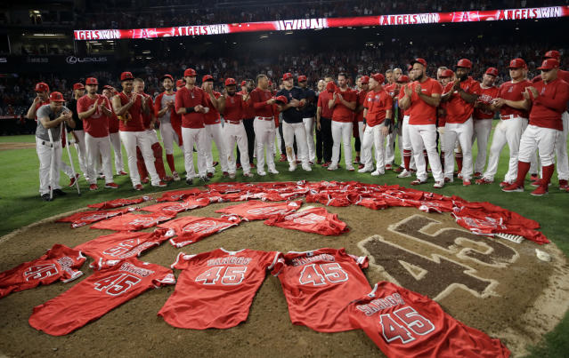 Angels players honored fallen teammate Tyler Skaggs by wearing his jersey on Friday. (AP Photo/Marcio Jose Sanchez)