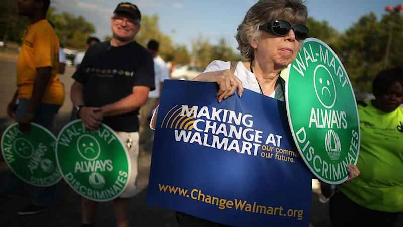 Wal-Mart Moves Forward With First D.C. Stores After Mayor Vetoes 'Living Wage'