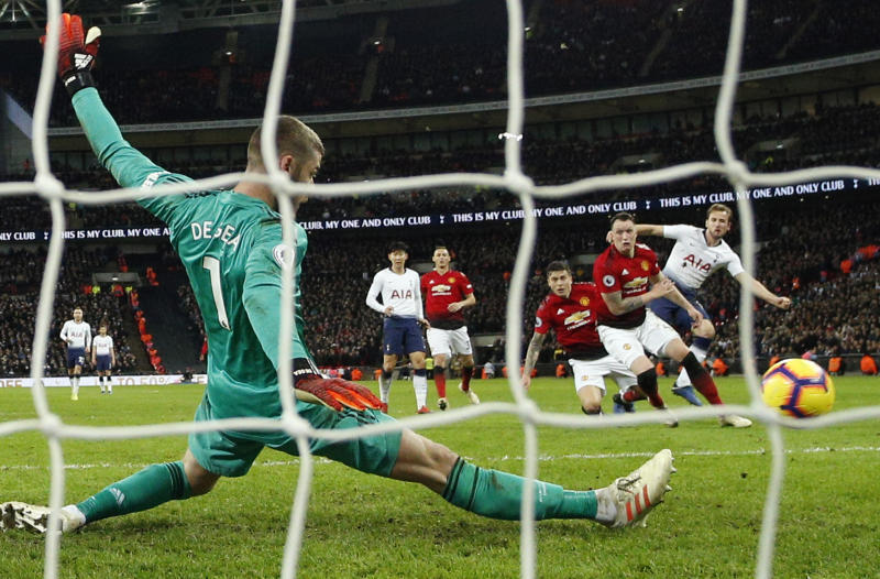 Manchester United beating Tottenham could be good news for Spurs