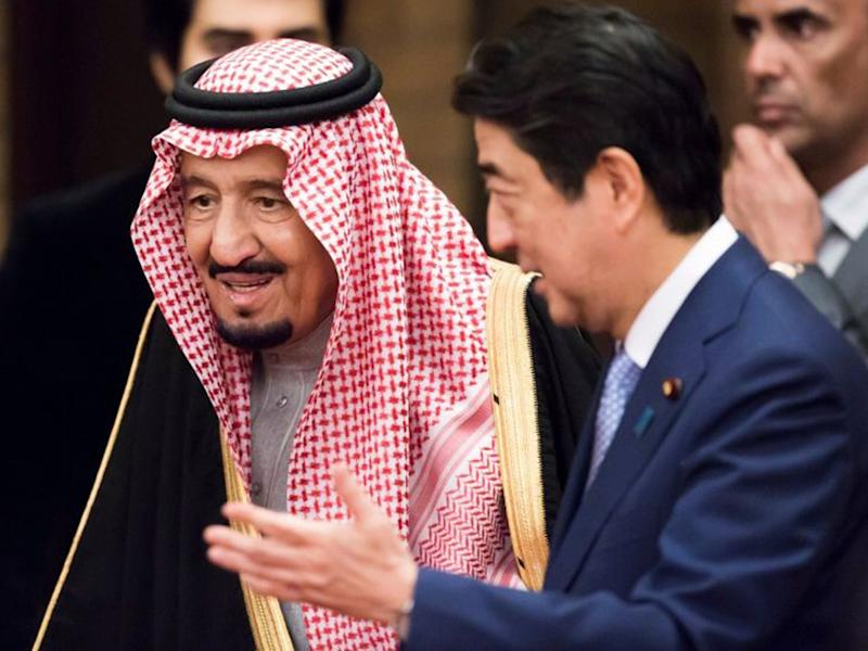 Saudi Arabia King Salman bin Abdul-aziz al Saud (left) with Japanese Prime Minister Shinzo Abe at a banquet at Mr Abe's official residence in Tokyo: Reuters