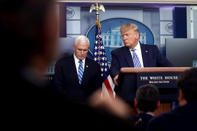 Image: U.S. President Trump, with Pence, leads the daily coronavirus response briefing at the White House in Washington (Jonathan Ernst / Reuters)
