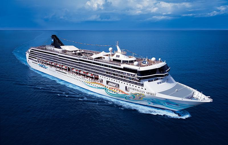 Norwegian Spirit, which can carry over 2,000 passengers C - © NCL Unlimited Usage