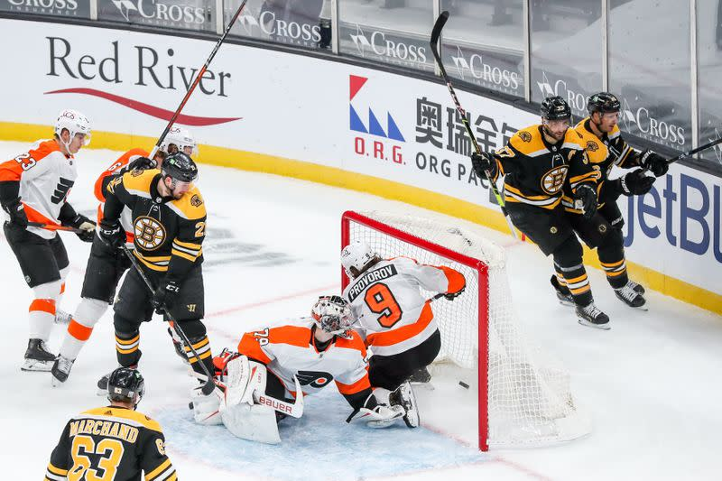 NHL: Philadelphia Flyers at Boston Bruins