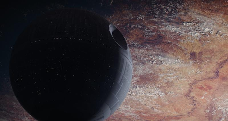 The Death Star looms over Jedha in 'Rogue One'. (Credit: LucasFilm)