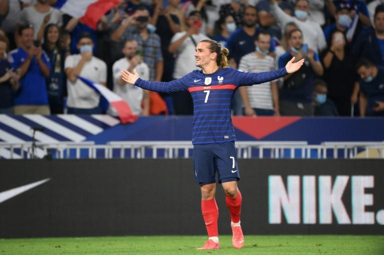 Antoine Griezmann scored twice as France won for the first time in six matches (AFP/FRANCK FIFE)