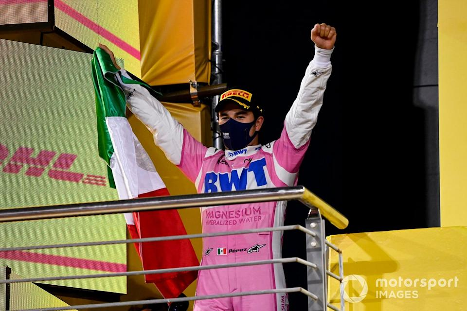 "Podio: ganador de la carrera Sergio Pérez, Racing Point<span class=""copyright"">Mark Sutton / Motorsport Images</span>"