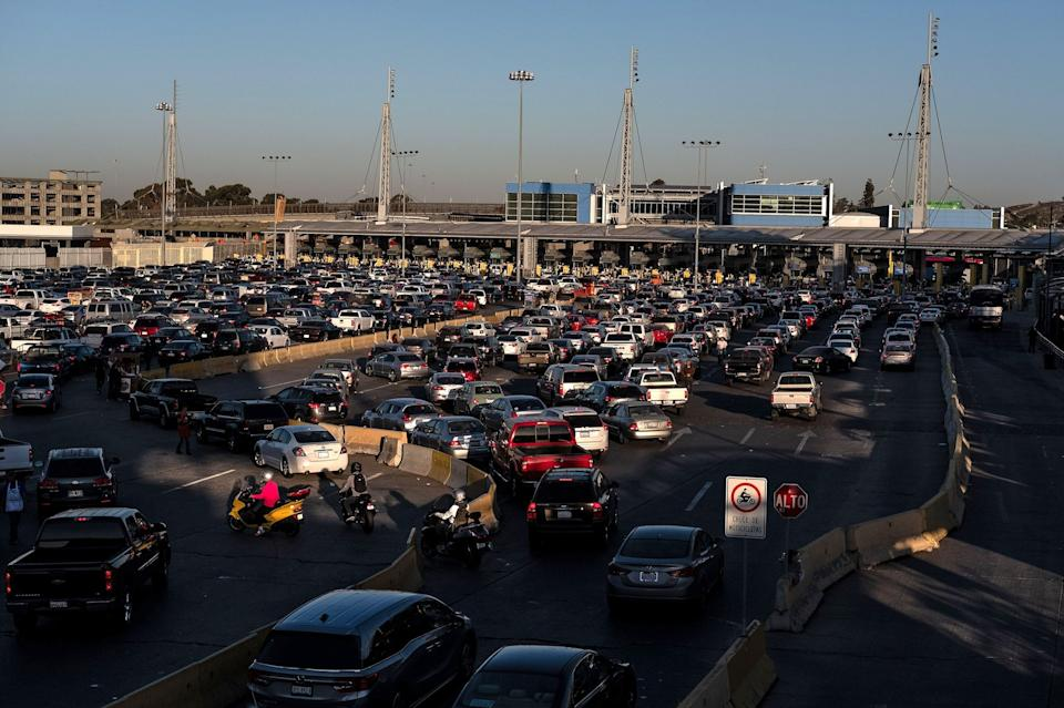 Cars line up to cross to the United States at San Ysidro port of entry, as seen from Tijuana, Baja California state, Mexico, on November 9, 2018. (Photo: GUILLERMO ARIAS/AFP/Getty Images)