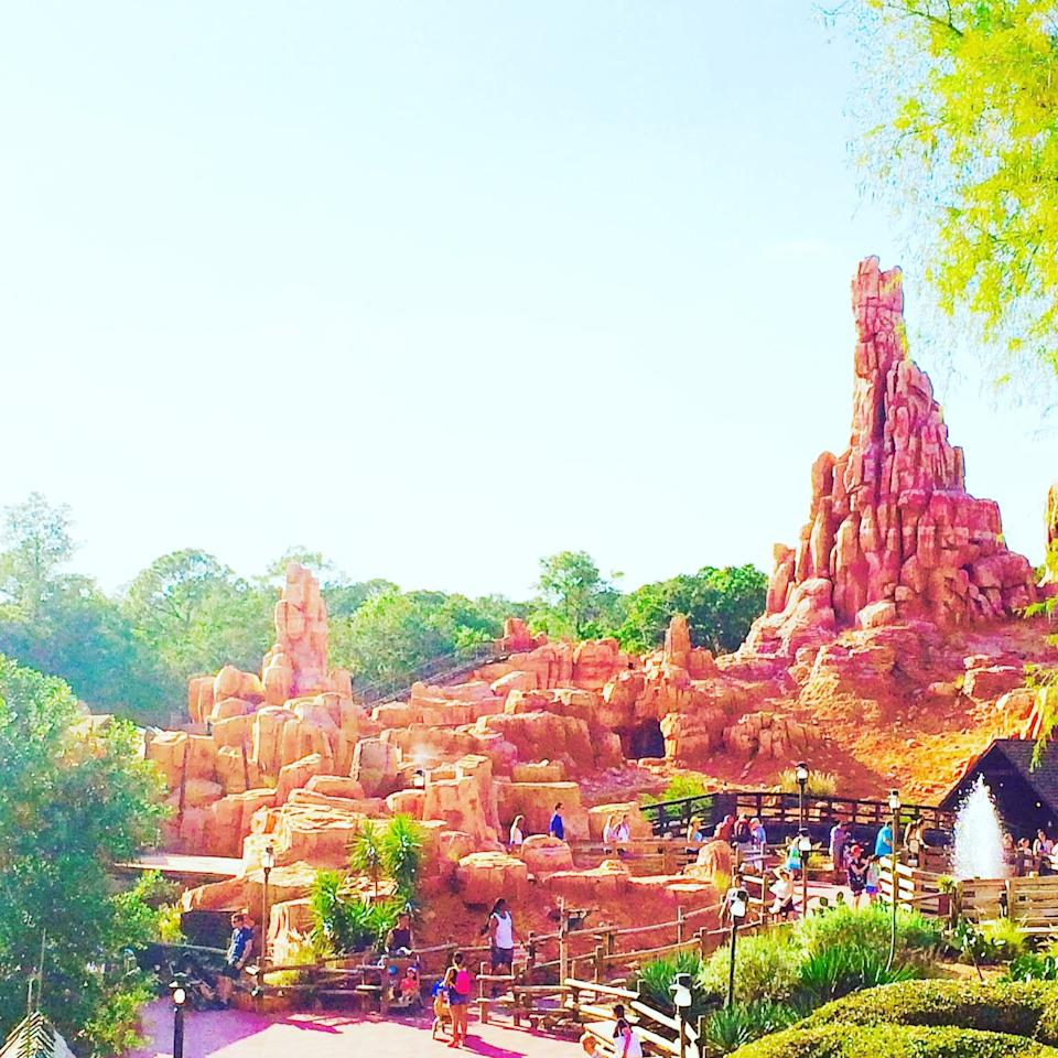 <p>While the Big Thunder Mountain Railroad attraction at Disneyland has a big show ending, Walt Disney World's is bigger and gives better views of the park.</p>