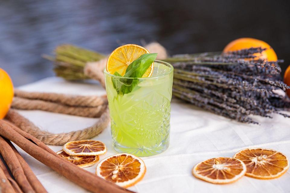 <p>This drink lets the whole family—and your teetotaling friends—in on the fun. Plus, you can always swap in gin when you want a real Gin Basil Smash. </p><p><strong>Ingredients:</strong></p><p>1 1/2 ounces Damrak Virgin (or other botanical, alcohol-free replacement beverage)</p><p>1/2 ounce lemon juice</p><p>1/4 ounce simple syrup (recipe below)</p><p>8 basil leaves</p><p><strong>Directions:</strong></p><ol><li>Make the simple syrup: Combine equal parts water and sugar in a saucepan over medium heat and stir until dissolved. Let cool for at least 30 minutes.</li><li>Add all ingredients into a cocktail shaker and shake with ice.</li><li>Fine-strain mixture into a rocks glass over cubed ice and garnish with any extra basil leaves.</li></ol>