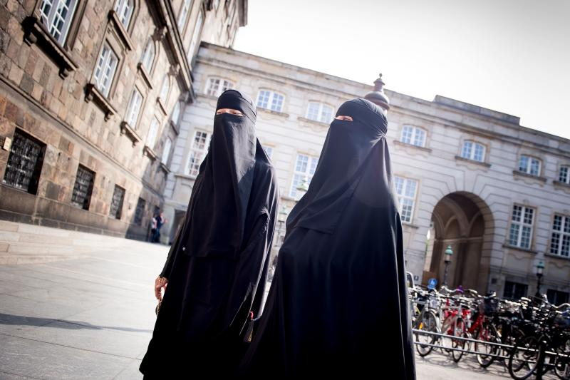 Danish ban on Islamic full-face veil takes effect