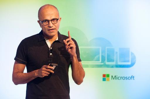 Microsoft delivers Office for rival Apple's iPad