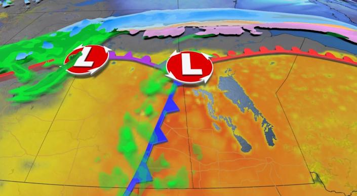 Extreme pattern divides the Prairies with winter and summer weather