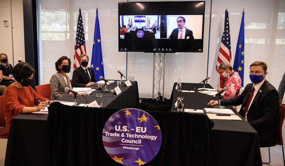 US Trade Representative Katherine Tai (left), Commerce Secretary Gina Raimondo and Secretary of State Antony Blinken speak with European Union commissioners Margrethe Vestager and Valdis Dombrovskis at the inaugural US-EU Trade and Technology Council in Pittsburgh. Photo: AFP