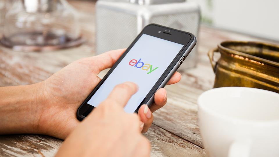 using ebay on a smartphone
