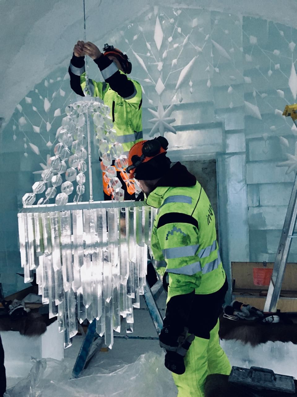 <p>An Icehotel chandelier being created</p>Luca Roncoroni