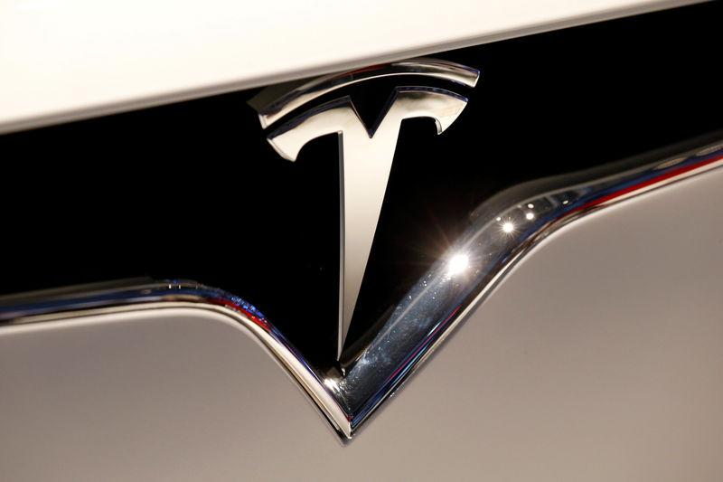 Judge asks Tesla, SEC to justify settlement of fraud lawsuit
