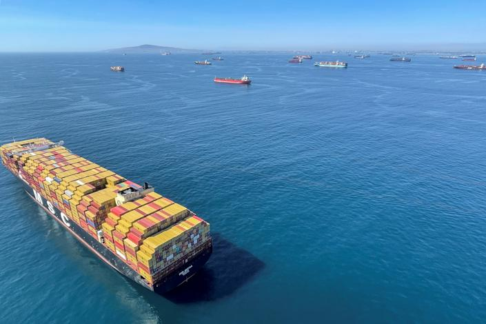 Container ships wait off the coast of the congested Ports of Los Angeles and Long Beach in Long Beach, California, U.S., October 1, 2021.      REUTERS/ Alan Devall