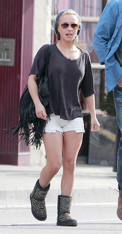 "Former ""Heroes"" star Hayden Panettiere looked like a hot mess from head to toe as she strolled to brunch in West Hollywood on New Year's Day. What's worse ... the beret, the fringe-adorned bag, the Daisy Dukes, or the bedazzled boots? <a href=""http://www.splashnewsonline.com"" target=""new"">Splash News</a> - January 1, 2011"