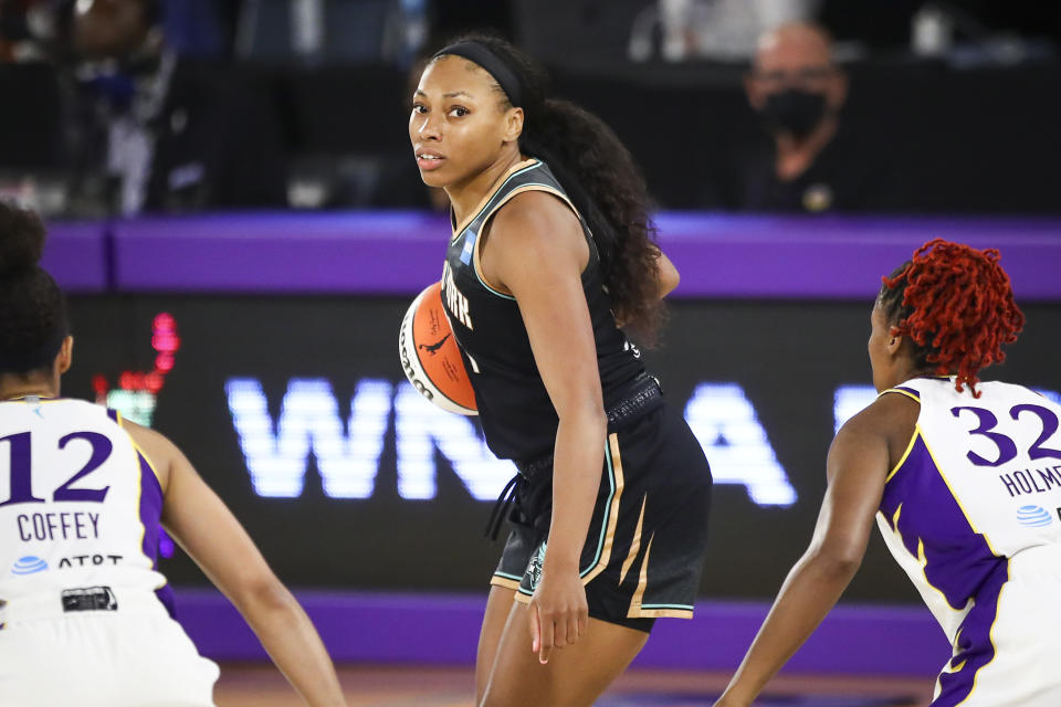Betnijah Laney and the New York Liberty could upset the Phoenix Mercury in the first round after securing a playoff berth in the final hours of the regular season. (Meg Oliphant/Getty Images)