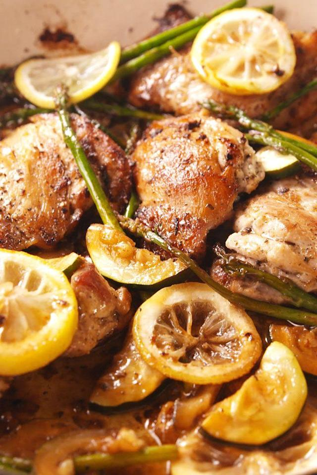 """<p>Garlic lovers, this chicken is for you.</p><p>Get the recipe from <a href=""""https://www.delish.com/cooking/recipe-ideas/recipes/a54115/garlicky-greek-chicken-recipe/"""" rel=""""nofollow noopener"""" target=""""_blank"""" data-ylk=""""slk:Delish"""" class=""""link rapid-noclick-resp"""">Delish</a>.</p>"""