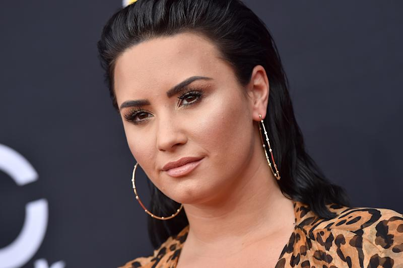 Demi Lovato walks out of rehab looking sober and radiant