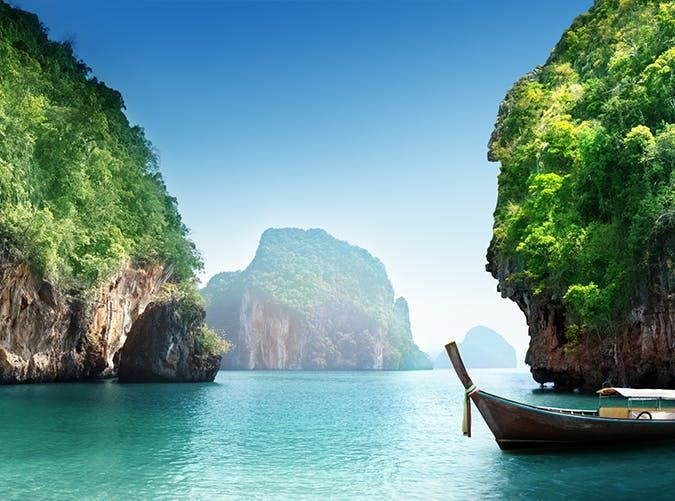 <p>If we ever want to go off the grid, you'll find us in this tropical Thai paradise. We don't need much more in life than these mangrove forests and majestic blue waters framed by limestone cliffs.</p>