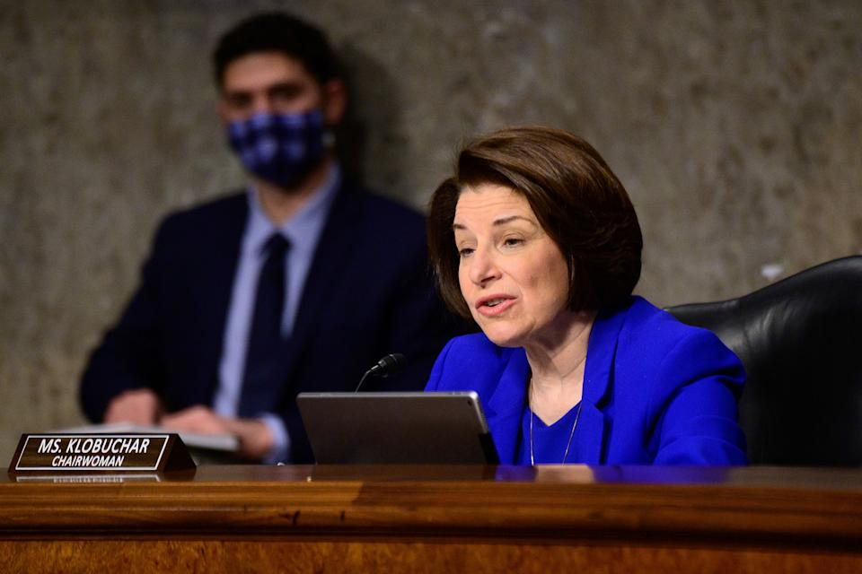 Sen. Amy Klobuchar (D-Minn.) speaks during a Senate Homeland Security and Governmental Affairs & Senate Rules and Administration joint hearing on Capitol Hill, Feb. 23. (Photo: ERIN SCOTT/Pool via AP)