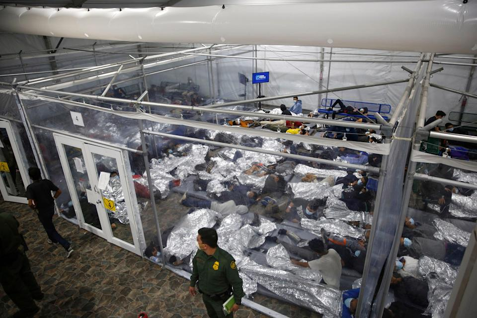 There are more than 1,000 unaccompanied children in Border Patrol custody, the highest level since April, during a spring surge in crossings. ((AP Photo/Dario Lopez-Mills, Pool,File))