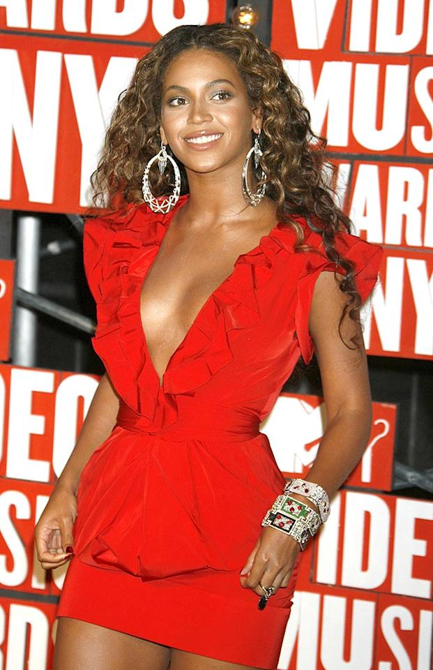 """Beyonce, the intended beneficiary of Kanye's remarks, finished the night smelling like roses after turning in a jaw-dropping performance of """"Single Ladies,"""" winning a Moonman, and even giving Swift a chance to finish her interrupted speech. Soon you can smell like Beyonce too -- on Tuesday she announced plans to release her own perfume next year. Jeffrey Mayer/<a href=""""http://www.wireimage.com"""" target=""""new"""">WireImage.com</a> - September 13, 2009"""