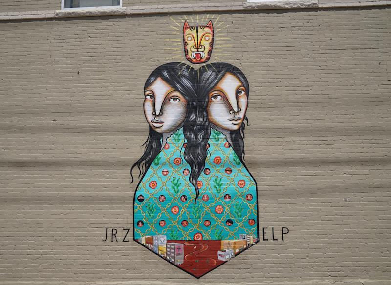 A mural called Sister Cities in Segundo Barrio El Pasos historic Hispanic neighborhood pays tribute to the border of El Paso and Juarez (Laura Bassett)