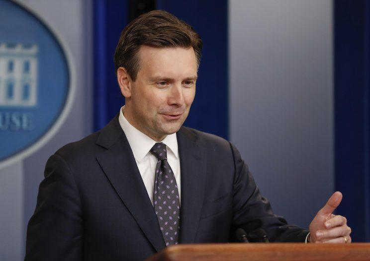 White House Press secretary Josh Earnest speaks to the media on Monday. (Photo: Pablo Martinez Monsivais/AP)