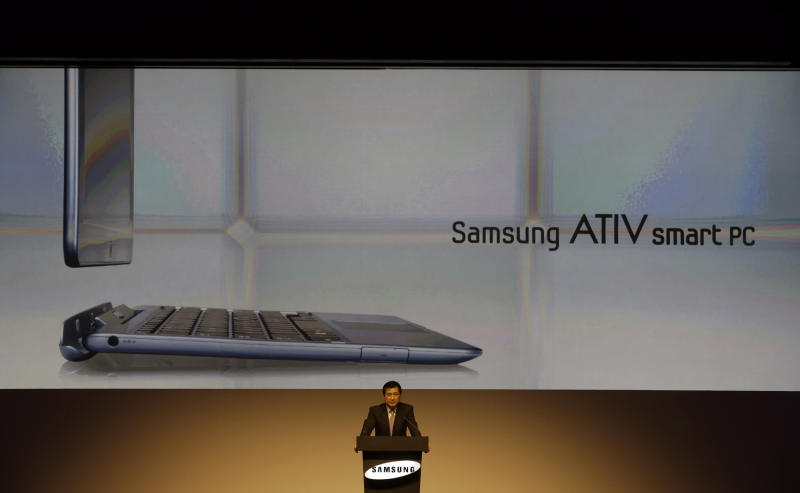 Samsung Electronics Co. Executive Vice President Nam Seong-woo speaks during a media briefing for Samsung's new products which are powered by a new version of Microsoft's Windows operating system, in Seoul, South Korea, Wednesday, Oct. 24, 2012. Samsung said Wednesday it expects 10 percent growth in PC sales by volume this year as it bets on new PCs that are hybrids of laptops and tablets to lift sluggish PC demand. (AP Photo/Lee Jin-man)