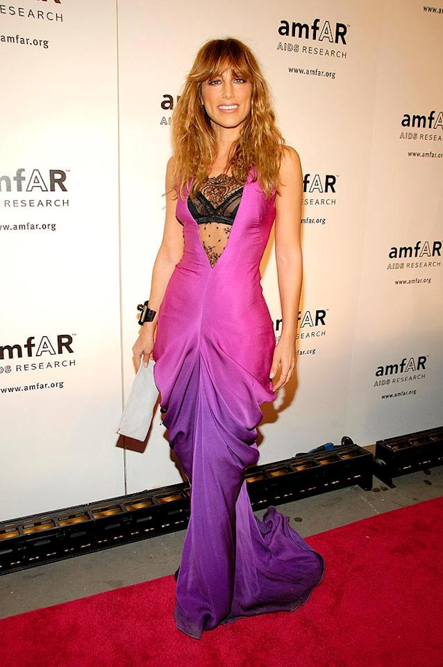 "Oops! Did Jennifer Esposito's dress come undone as she was traipsing down the red carpet? Gary Gershoff/<a href=""http://www.wireimage.com"" target=""new"">WireImage.com</a> - January 31, 2008"
