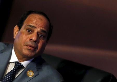 Egyptian President Abdel Fattah al-Sisi attends the closing session of the Arab Summit in Sharm el-Sheikh, in the South Sinai governorate, south of Cairo, March 29, 2015. REUTERS/Amr Abdallah Dalsh