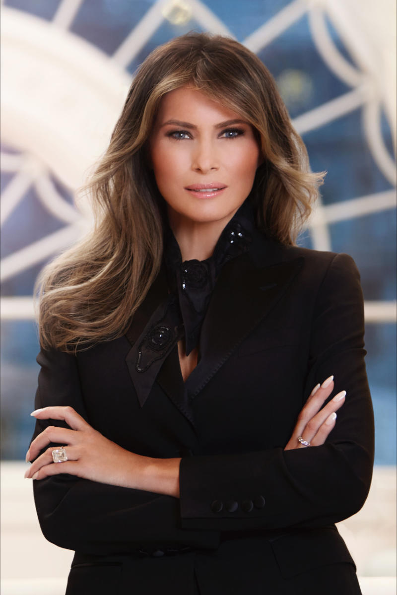 The first official portrait of Melania Trump.