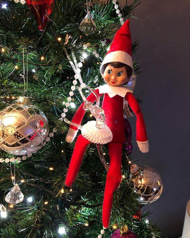 """<p>Because there's nowhere else the Elf would rather be.</p><p><a href=""""https://www.instagram.com/p/Bq5F_WvAQBP/"""" rel=""""nofollow noopener"""" target=""""_blank"""" data-ylk=""""slk:See the original post on Instagram"""" class=""""link rapid-noclick-resp"""">See the original post on Instagram</a></p>"""