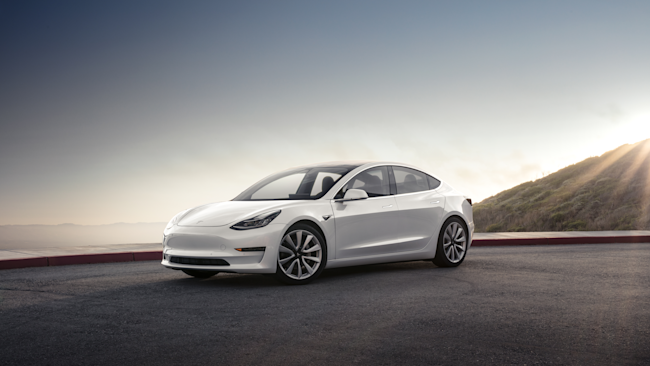 Model 3 Mountain Pearl EMBARGOED DO NOT USE