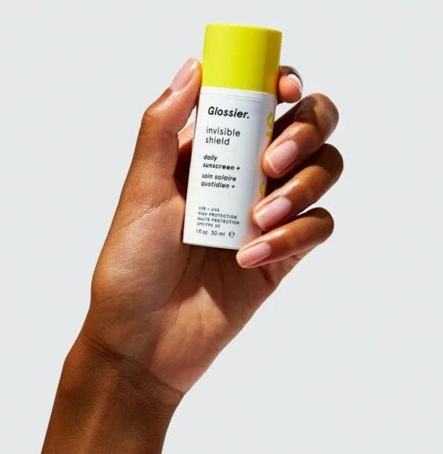 """<p><strong>Glossier</strong></p><p>glossier.com</p><p><strong>$25.00</strong></p><p><a href=""""https://go.redirectingat.com?id=74968X1596630&url=https%3A%2F%2Fwww.glossier.com%2Fproducts%2Finvisible-shield&sref=https%3A%2F%2Fwww.esquire.com%2Flifestyle%2Fg2121%2Fmothers-day-gift-guide%2F"""" rel=""""nofollow noopener"""" target=""""_blank"""" data-ylk=""""slk:Buy"""" class=""""link rapid-noclick-resp"""">Buy</a></p><p>How many times, since your youngest days, has Mom reminded (and scolded) you about wearing sunscreen? Glossier's shield is SPF 35, but even better, it's water-based and sheer—the perfect joining of UV protection and skincare for Mom.</p>"""