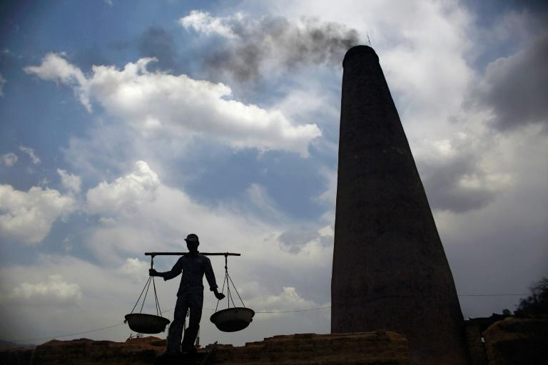 There are more than 150,000 kilns in India, Bangladesh, Pakistan and Nepal belching out thousands of tonnes of soot -- known as black carbon -- a major air pollutant and the second largest contributor to climate change after carbon dioxide