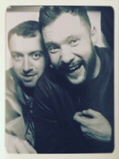 Calum has also had his photo taken with Sam Smith. He didn't appear to flash him. Source: Instagram/CalumScott