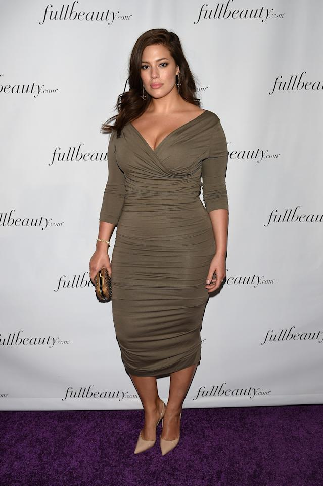 <p>Graham opts for olive green at a FULLBEAUTY brand launch in New York. April 2015.</p>