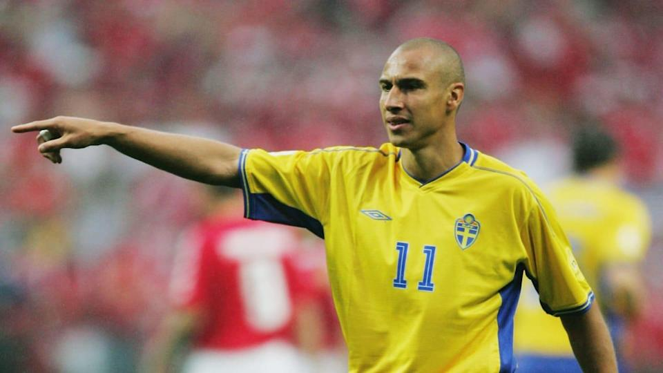 Henrik Larsson a Euro 2004   Alex Livesey/Getty Images